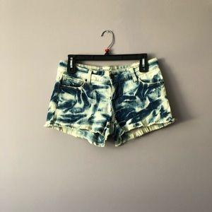 ♥️ Tie-Dye Jean Shorts